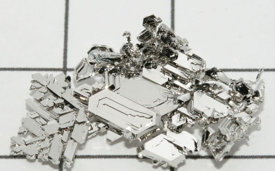 Platinum metal crystals